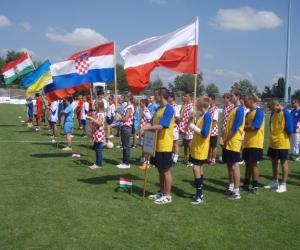 Záróünnepség - Zászlók a magasban