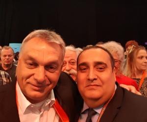 Orbán Viktor, miniszterelnök és Radics Kálmán a Hit és Sport Alapítvány elnöke