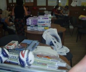2009-ben a beregi Kossuth Lajos Középiskolát magyar nyelvű könyvekkel és taneszközökkel támogattuk