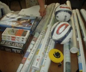 2009-ben a beregszászi iskolát sporteszközökkel segítettük