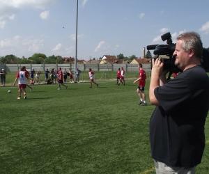 A Kecskeméti TV is kiváncsi volt a labdarúgó mérkőzésekre.