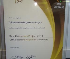 Az UEFA Grassroots Program Arany díja ( Európa Legjobb Grassroots Projekt elismerése 2013-ban.)