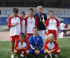 Novi-Sad SOS Gyermekfalu sportcsapata a Gyermekotthonok X. Európa Kupa Döntőjén 2007-ben.