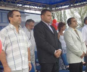 Gyermekotthonok XI. Európa Kupája 2008 nyítóünnepségén Havas Csaba BKM-ISportosztály osztályvezetője , Elbert Gábor sport szakállamtitkár és Radics Kálmán elnök látható.